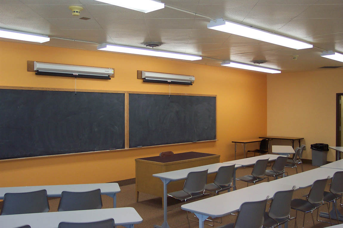 Classroom Lighting Design : Color